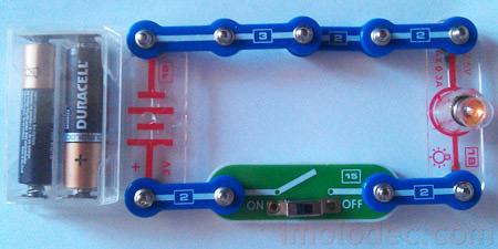 Электрическая цепь на примере фонарика