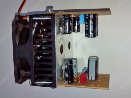 Платы с TDA7294 установлены на радиатор