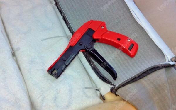 Инструмент для затяжки пластиковых хомутиков