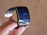 """Обзор новинки от Samsung - """"умные"""" часы Gear S"""