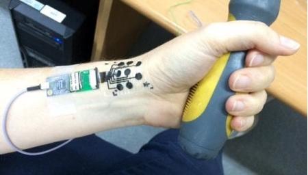 Электронное тату для отслеживания работы мышц